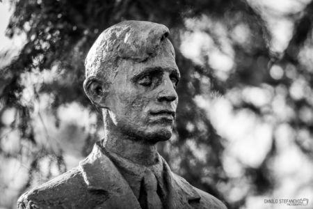 Zika Popovic Spomenik